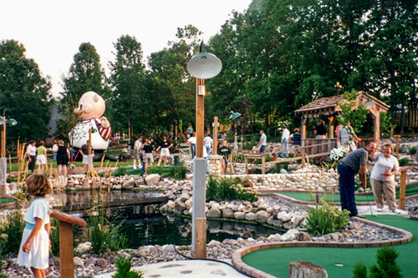 Tom & Jerry's Mini Golf history course opening